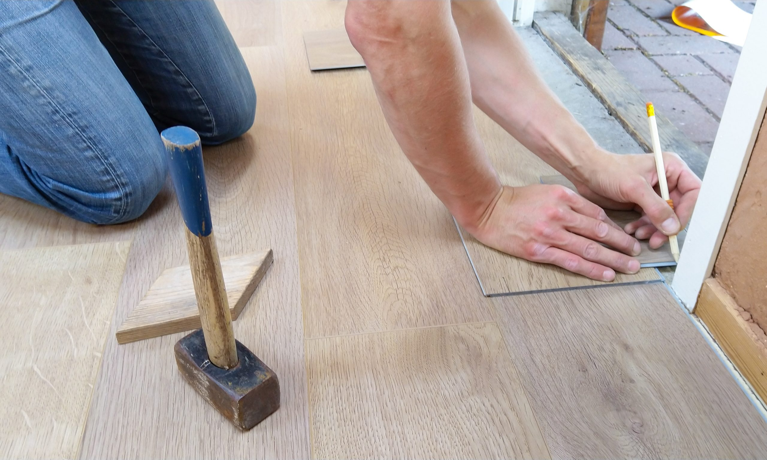 5 Compelling Reasons to Choose Vinyl Floors for Your Home